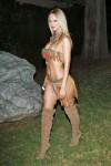 sophie-turner-indian-halloween-costume-1031-08-480x720